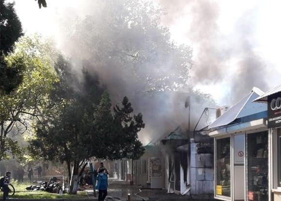 Анапа   Пожар на улице Чехова в Анапе  горели торговые павильоны ... 61bfc41fd9f